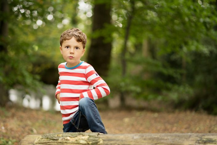 Qualified with the Guild of Photographers! Helen Rowan Photography photoshoot outdside family natural chesterfield boy