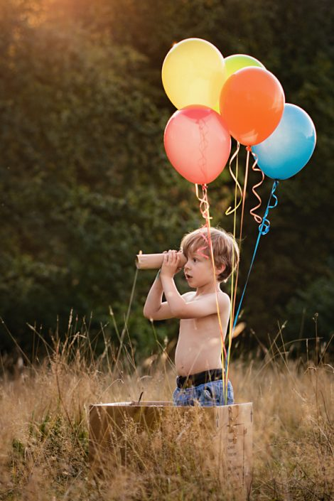 Helen Rowan Photography Outdoors sunset balloons