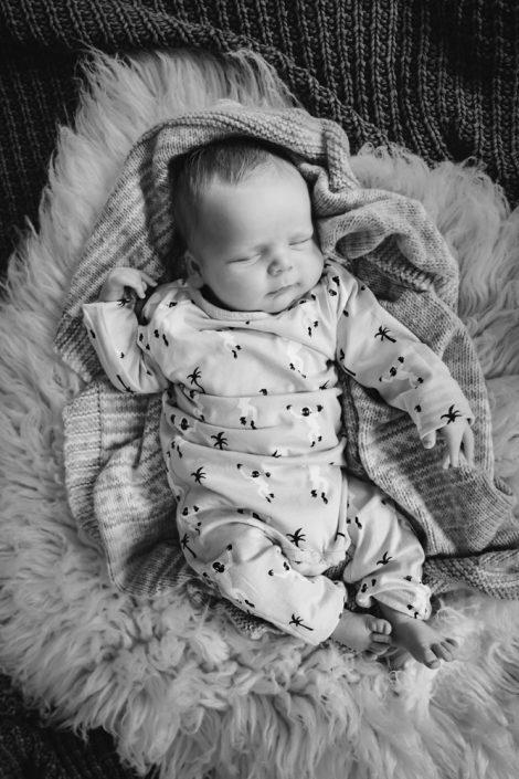 Helen Rowan Photography Newborn Home Black and White - 6